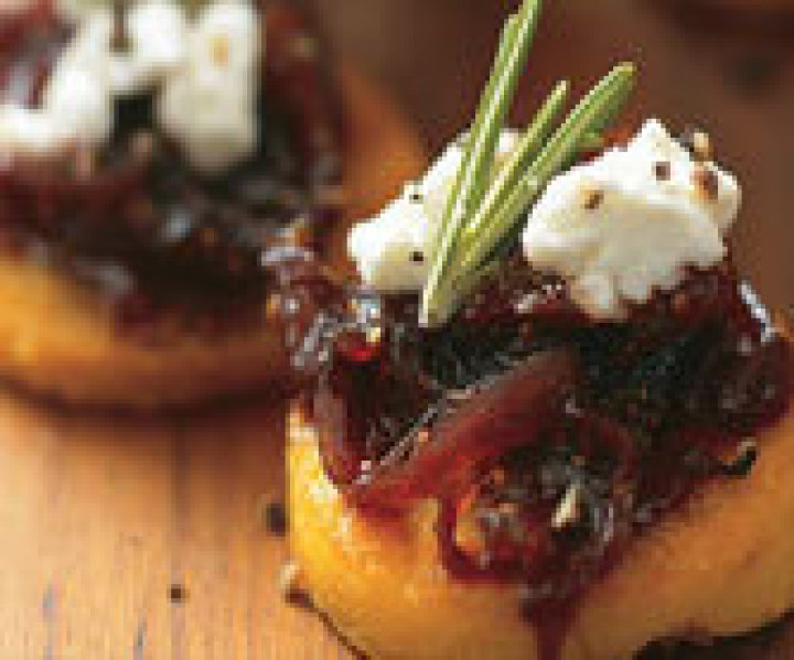 Caramelised Onion and Goats Cheese Mini Bruschetta